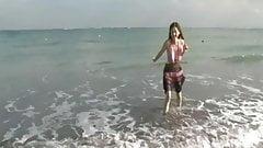 Anri Sugihara - pretty dress