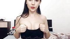 Show small boobs!'s Thumb
