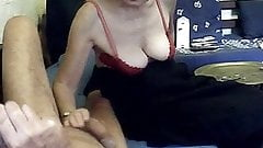 sexy mamie elle le branle en cours