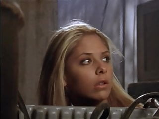 Buffy The Vampire Slayer - Buffy gets turned back from a rat