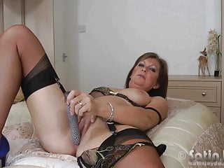 Download video bokep Milf Jayde in nylon stockings toying Mp4 terbaru