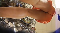 Upskirting two MILF's in supermarket