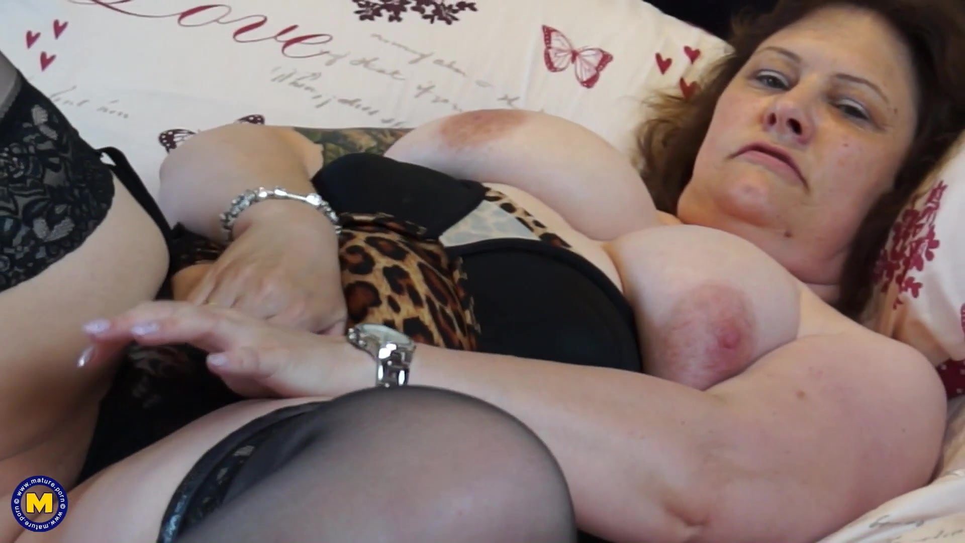 Real Mature Mother With Big Tits And Wet Pussy Hd Porn 70-4108