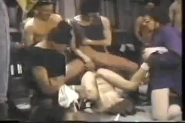 Vintage gangbang kostenlose pornos