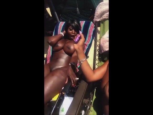 Q Mahagony And Friend Instagram Symbaserothick Porn 0E-6462