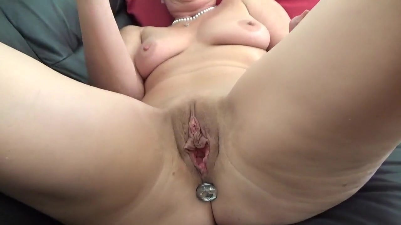 Ebony mature videos-8057