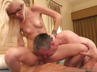 Hallen Von And Her Husband Take Turns Sucking Dick
