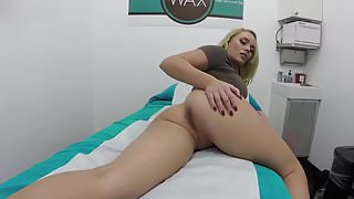 Anal Bleaching With Alexis Monroe