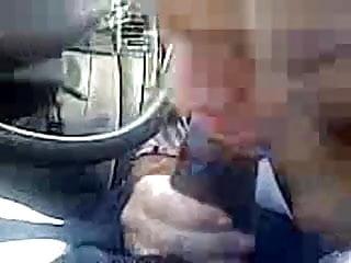 Amateur Head deep blowjob while driving car