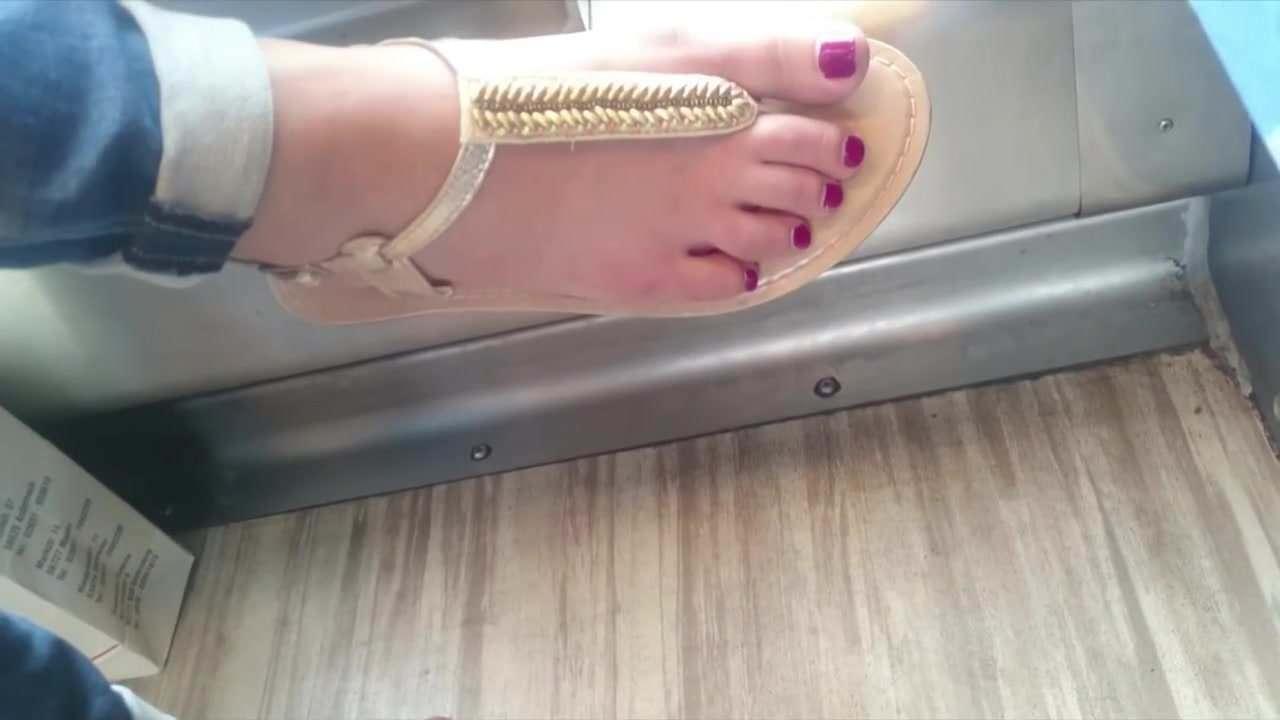 Cum on milf tina sexy toes