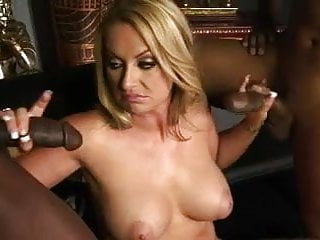 Aline gets a BBC for each hand. Holes used thoroughly.