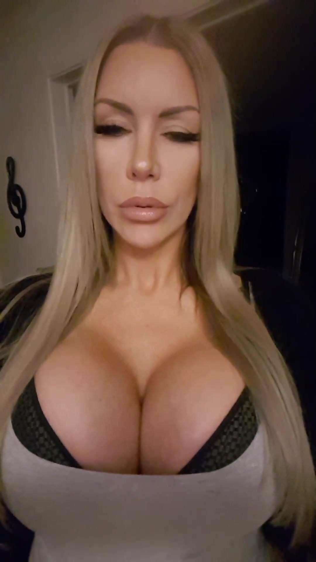 Hot Milf With Big Fake Tits 4, Free Youtube Hd Porn Ad-6290