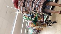 Upskirt Slim Sexy Mature Black Granny Bowlegg Sexy Walking