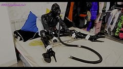 Gasmask Latex bondage Breath Play