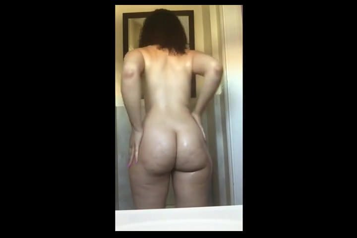 Opinion you huge tease strip lightskinned booty has