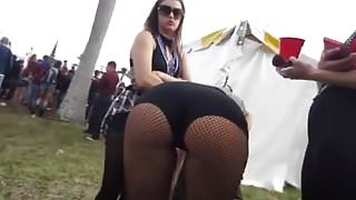 Hot blonde PAWG at festival