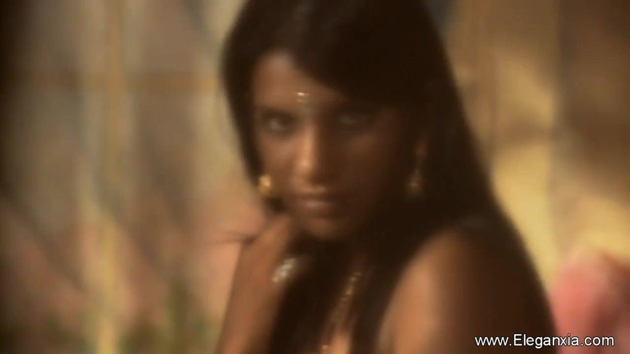 Indian Girlfriend So Pretty Is Sensuality