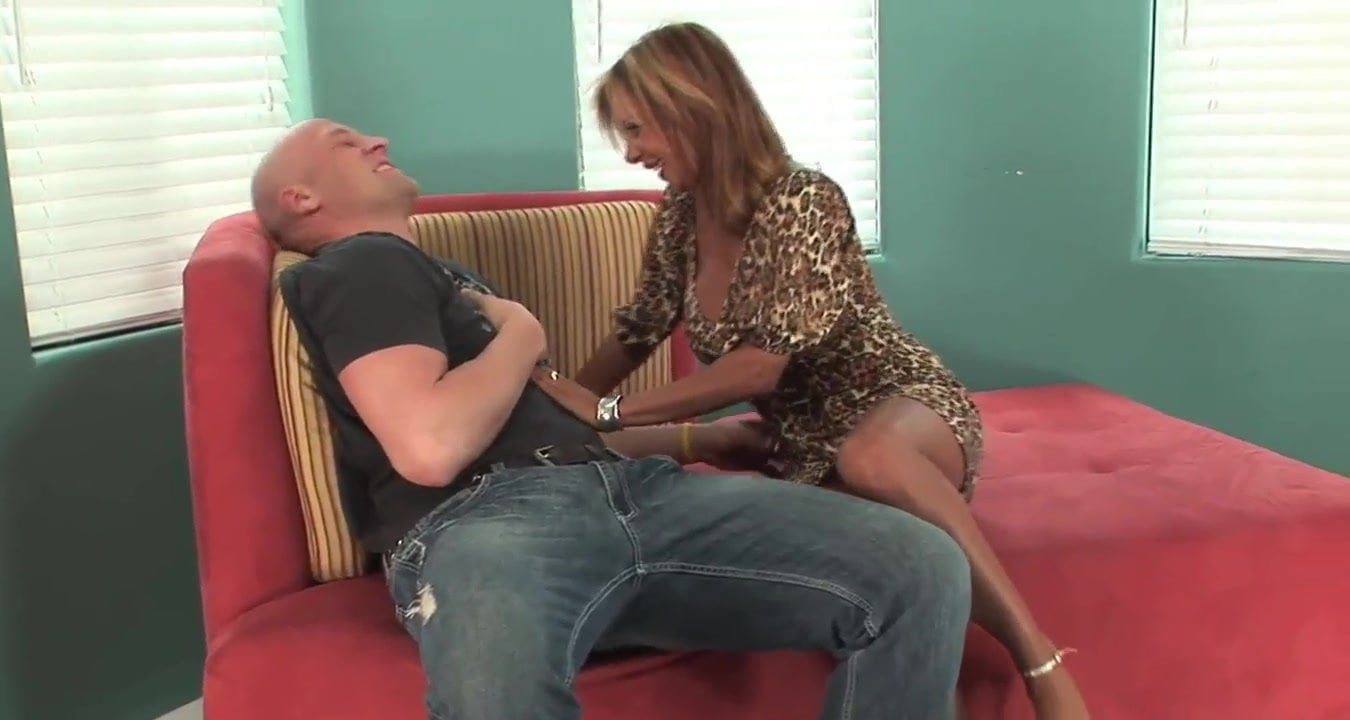 Talented milf heels son opinion here