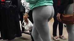 Yoga Pants Mall Rats