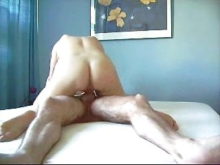 Mature lady squirts