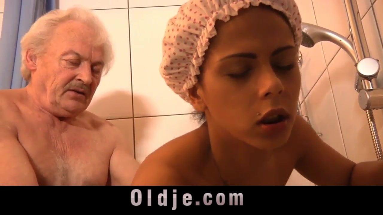 Grandpa Fucking Horny Hot Creole Teen Under Shower Porn 99-1739