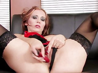 Sexy babe Megan climaxes with her new sex toy