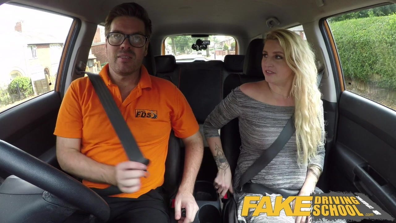 Fake Driving School British cheating blonde loula lou slurps