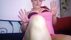 FIRST TIME MILF MASTURBATES HER PUSSY LIVE! HUGE TITS FUCK