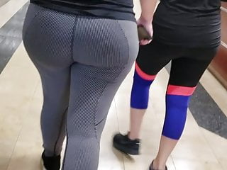Candid Arabic Onion Booty in Gym Quickie #1