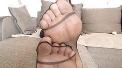Nylon Feet HD,1280x720 .mp4