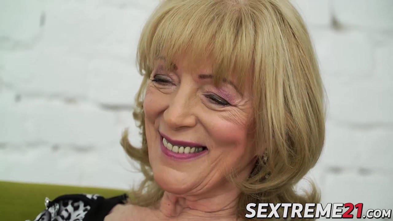 Nasty granny szuzanne needs olivers boner to bang her pussy - 1 part 2