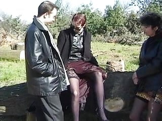 Rencontre echangiste de 2 couples en foret