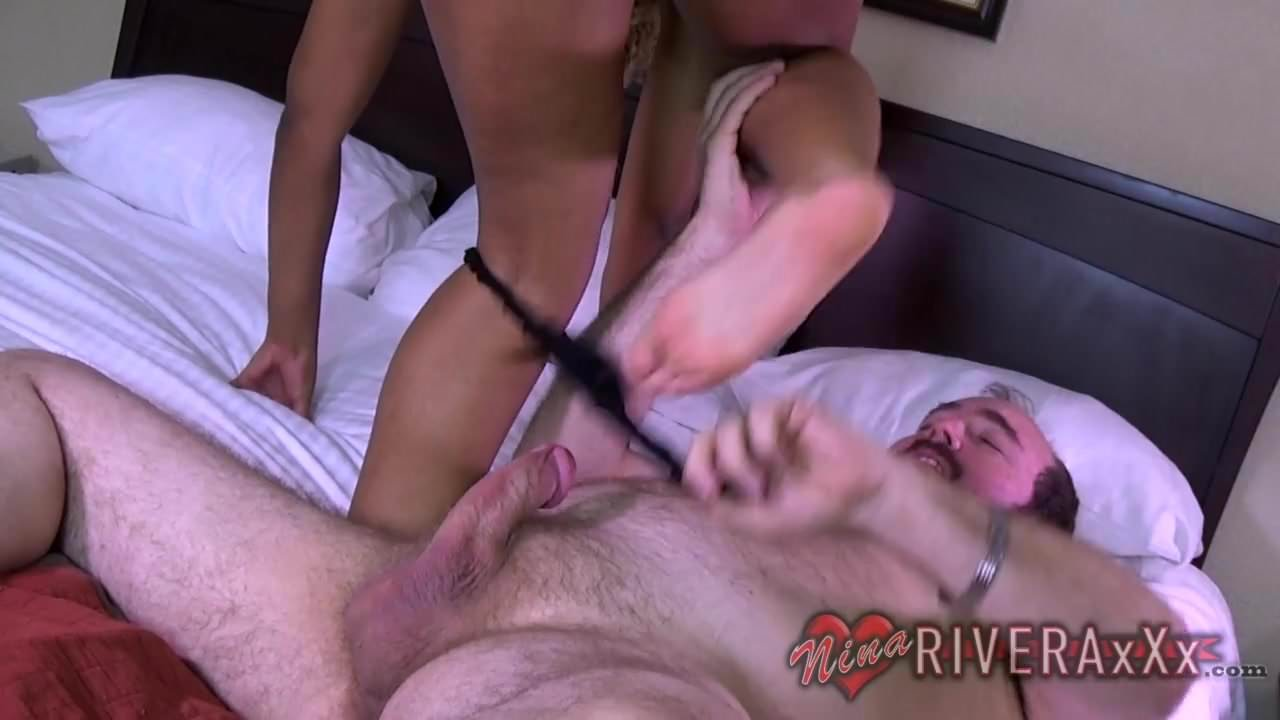 Free download & watch older man gives me great cock         porn movies