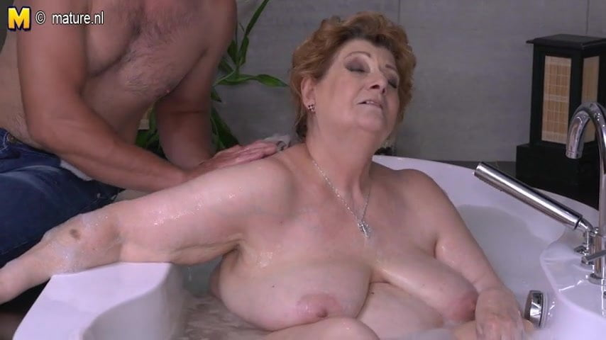 Mature Bbw Mom Fucking Son In Bath, Free Porn 90 Xhamster De-9337