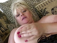 Busty super mature mom with thirsty pussy