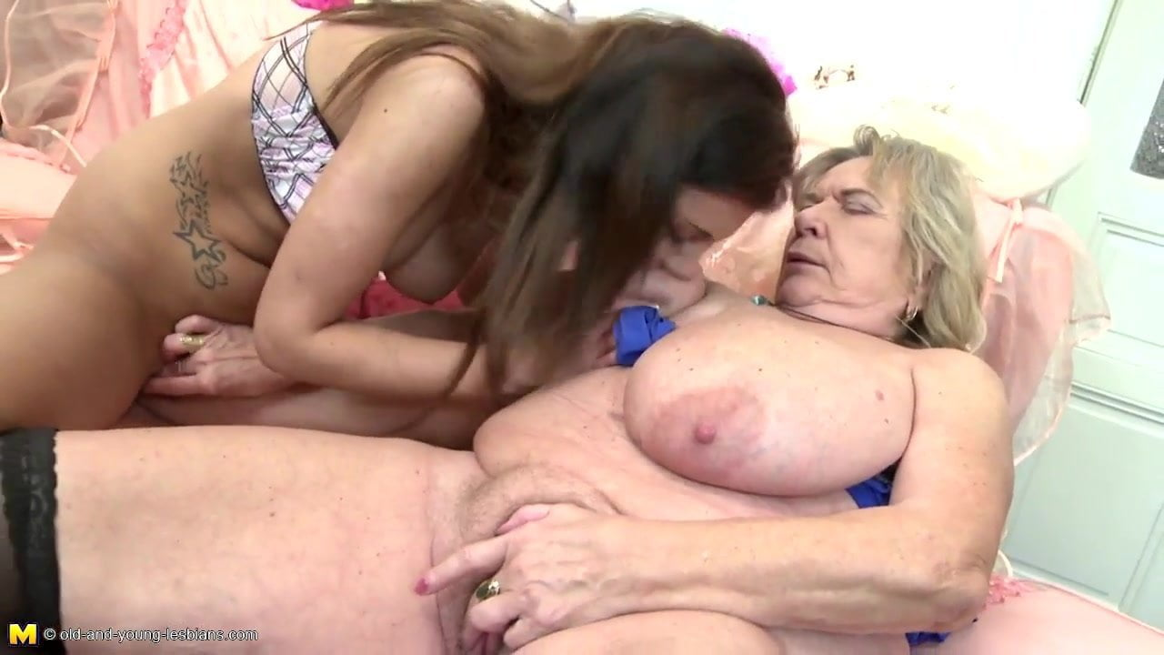 Very Old Granny With Big Saggy Tits Fucks Teen Girl Pt-3836