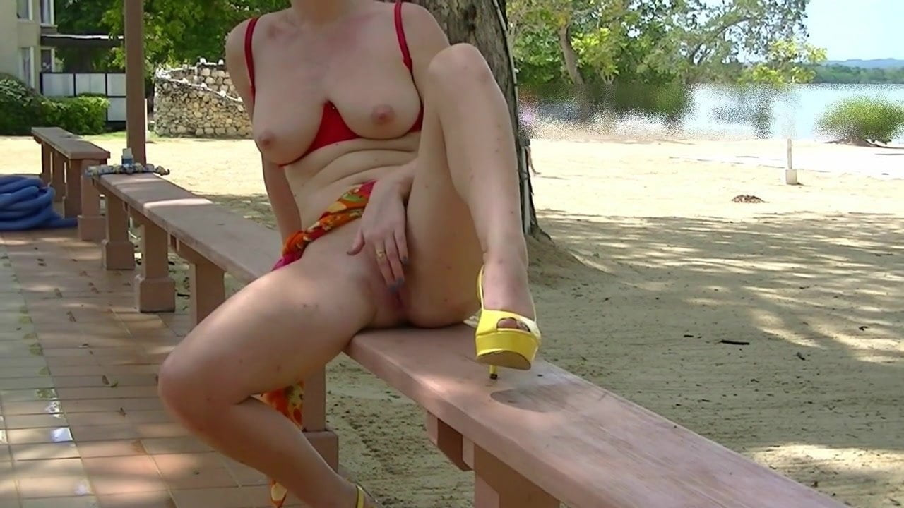 hedonism-sex-video-jesse-jorden-nude