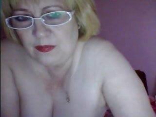 Shanie love sucking cock fisting