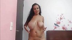 hannahparker big tits slaptits jumping