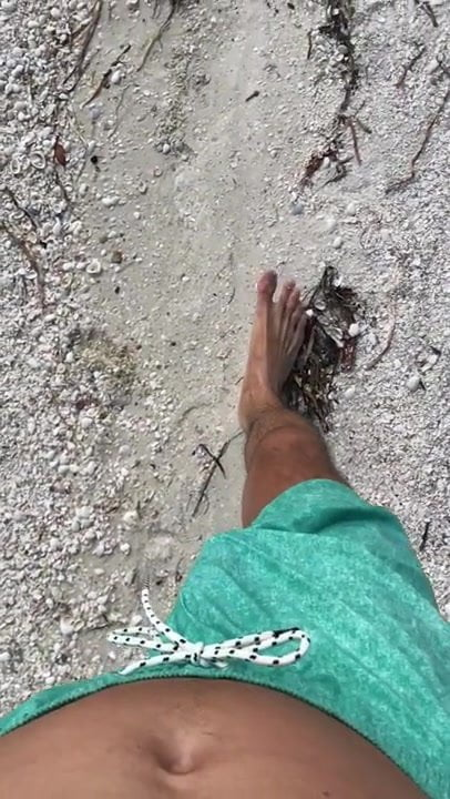 freeballing beach