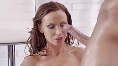 Nikki Benz takes Cumshot Facial