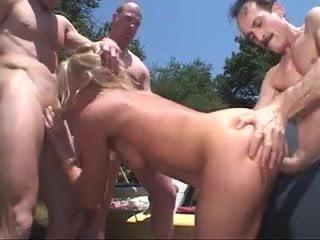White Trash Slut Gangbang Free Anal Porn Xhamster