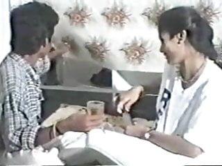 Download video bokep 90's South indian pron -1 Mp4 terbaru
