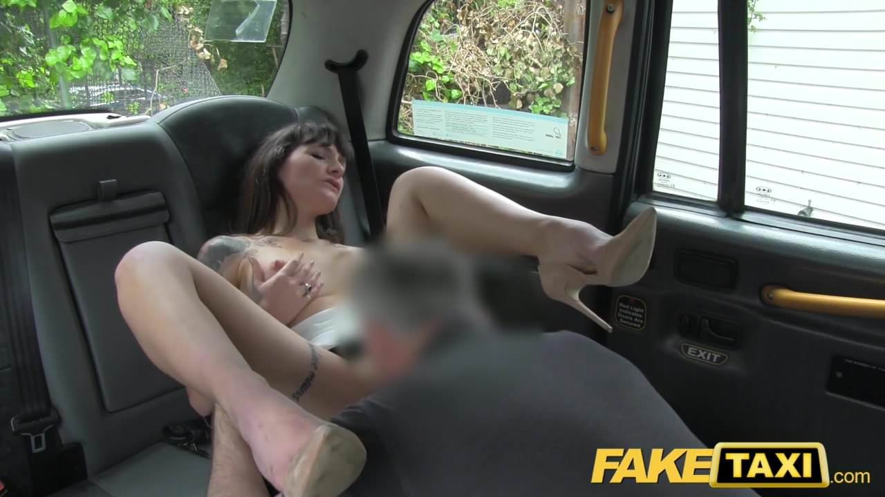 смотреть факин беби такси порно последовал звонок она