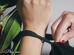 Twistys - Kobe Sara - Mom Knows Best