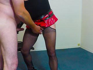 Preview 1 of Travesti domina
