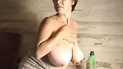 woman wash & play for saggy udders lover only