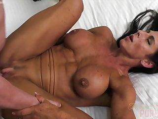 Naked Female Bodybuilder Briana Fucks Her Boyfriend