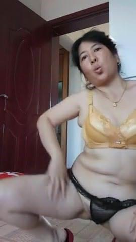 Skinny amateur milf big cocks