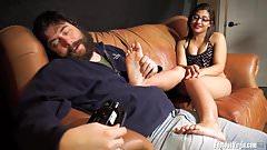 Nude amateur gives a great foot job at Footjob Virgin